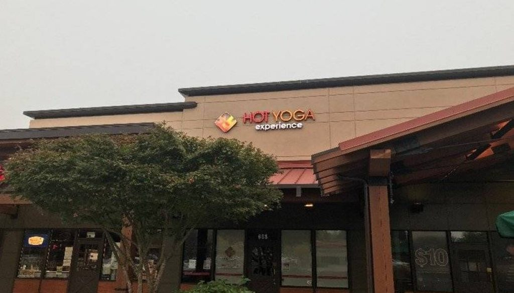 Hot Yoga Experience in the Sammamish Highlands shopping center remains closed.