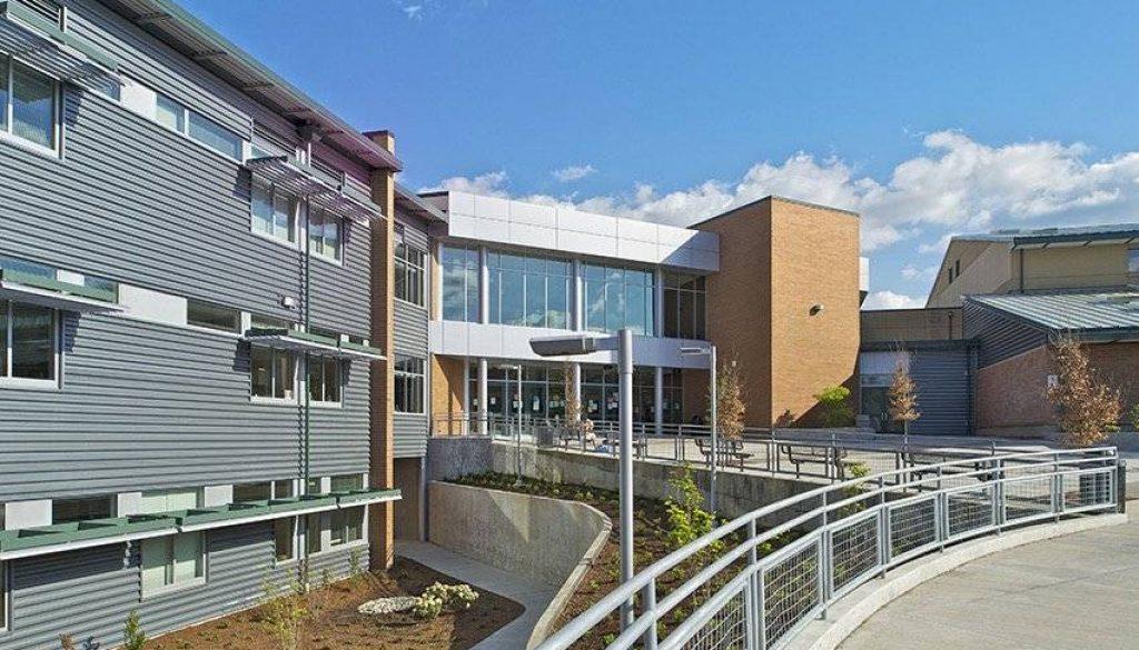 Entrance to Skyline High School.