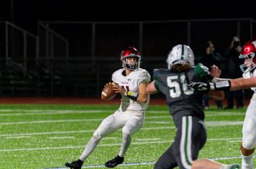 Eastlake quarterback gets ready to throw the ball.